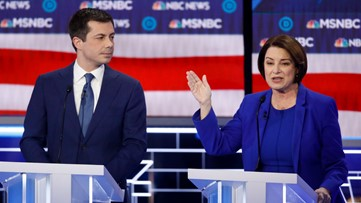 Warren stands up for Klobuchar as Buttigieg attacks her failure to name Mexican president