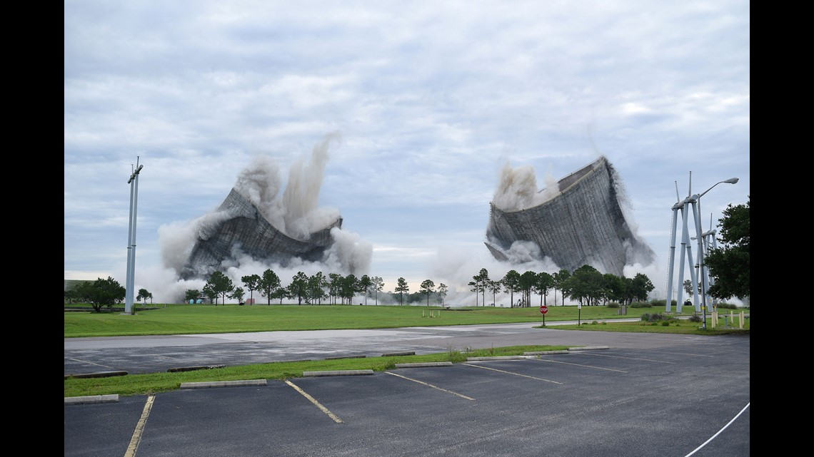 wwltv.com | Spectacular implosion brings down twin cooling towers at Florida power plant