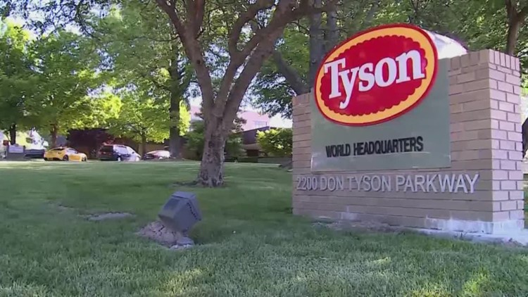 Tyson Foods giving employees $500 bonus who are working during COVID-19 outbreak