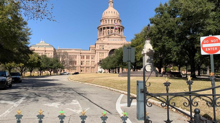 Texas Legislature wrap: Lawmakers pass bills related to elections, 'Star-Spangled Banner' Thursday
