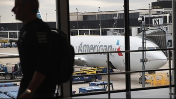 American Airlines tech glitch suspends flights for 40 minutes Sunday