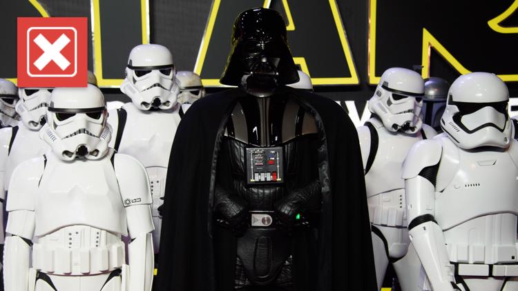 No, Darth Vader does not say, 'Luke, I am your father'