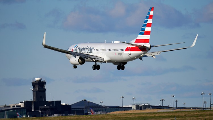 American Airlines cancels hundreds of flights amid weather, labor shortages