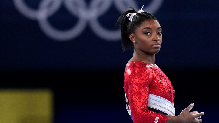 Simone Biles' aunt died during Tokyo Olympics, coach reveals