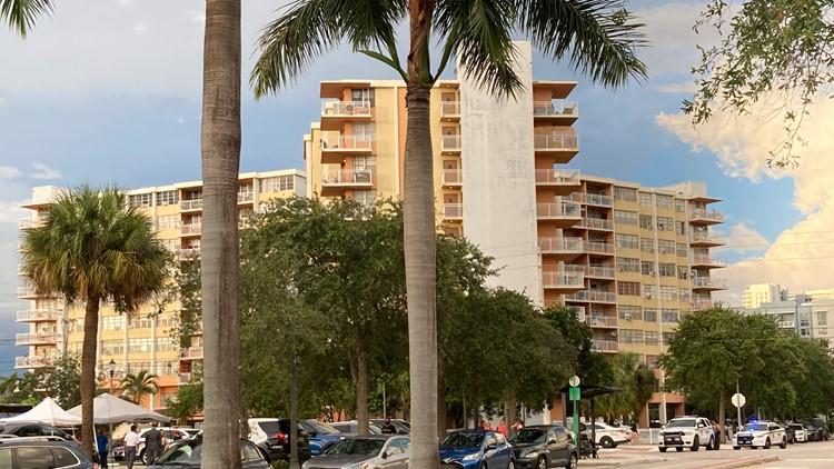 Florida condominium building near Surfside condo collapse deemed unsafe, ordered to evacuate