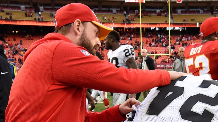 Chiefs linebackers coach Britt Reid involved in crash that injured 2 children