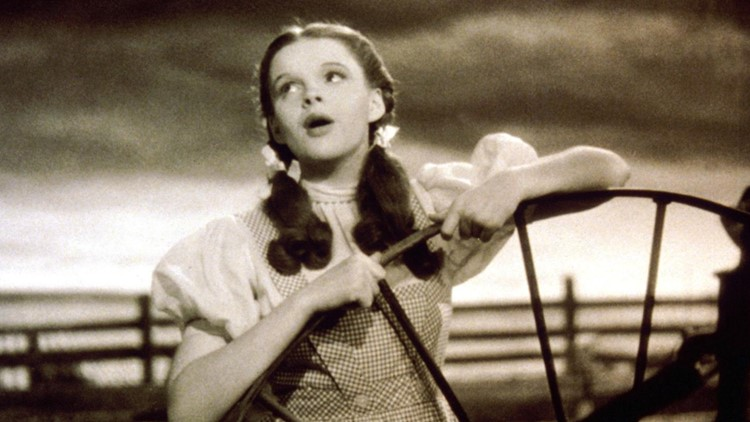 'Wizard of Oz' remake in the works by hit 'Watchmen' director