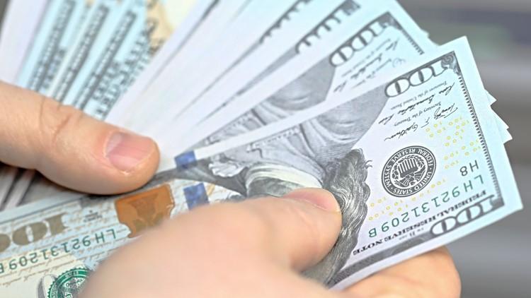 Rich get richer, poor get poorer during pandemic, expert says