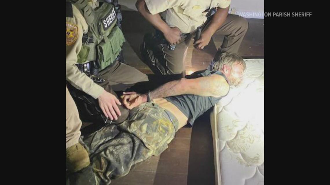 Fugitive escapes bail bondsman with AR-15