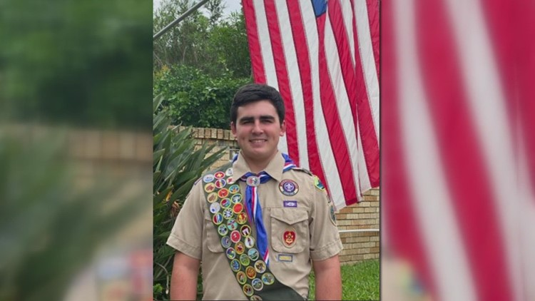 New Orleans area Eagle Scout saves 2 at Pensacola beach