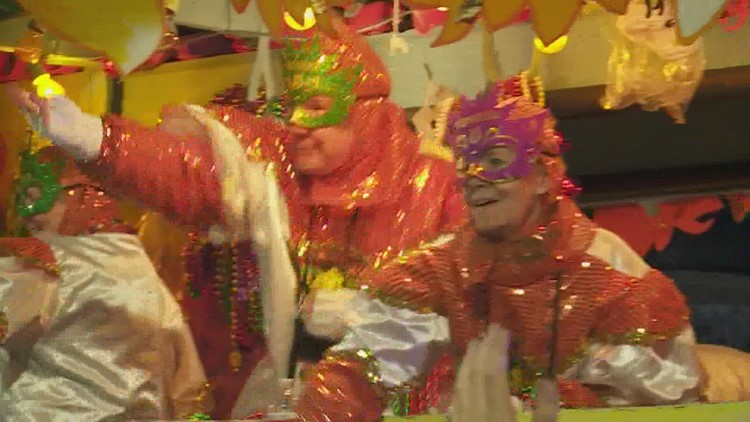 Mayor Cantrell may ask Mardi Gras visitors to have proof of vaccination