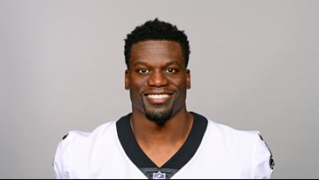 Retired Saints TE calls, donates to church pastors affected by St. Landry fires