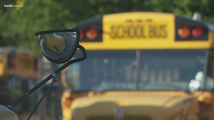 School bus driver sends kids off bus after accident, drives away