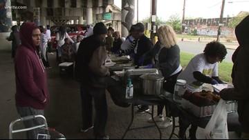 Church cooks New Orleans Thanksgiving for homeless
