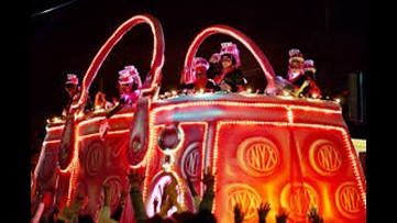 Live - Krewes of Druids, Nyx take to New Orleans streets