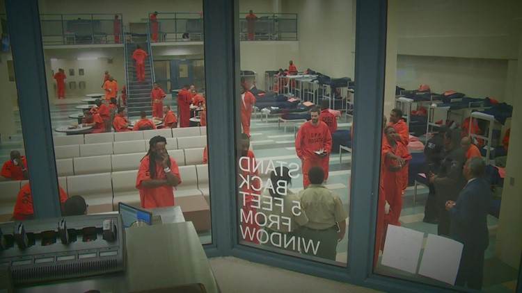 Watchdog report says Orleans DA's office pursuing fewer violent offenders
