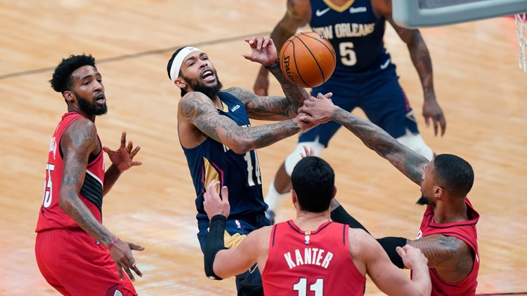 Pelicans drop close game to Trailblazers after Lillard's clutch play