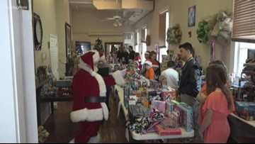 Neighborhood Heroes: Volunteers offer lunch, toys at the New Orleans Mission