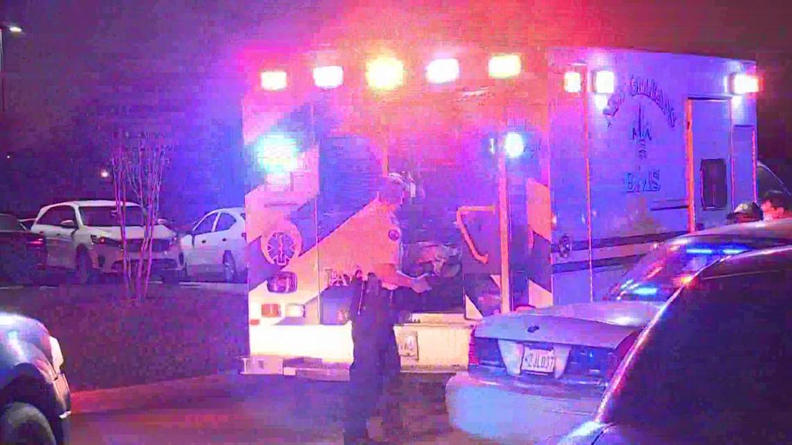 Officer fatally shot outside high school basketball game - WWLTV.com