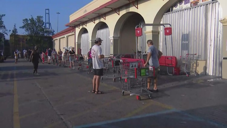 Winn-Dixie reopens, residents frustrated with government assistance