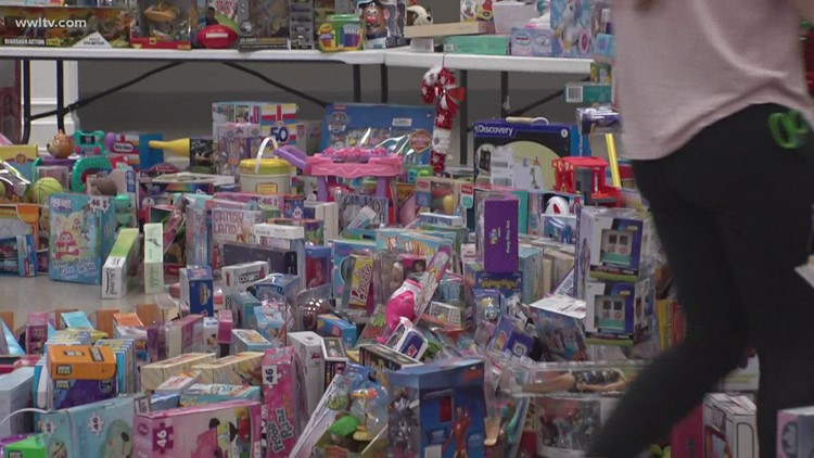 'It's worth just one smile' |  17-year-old's toy giveaway handing out 1,400 presents