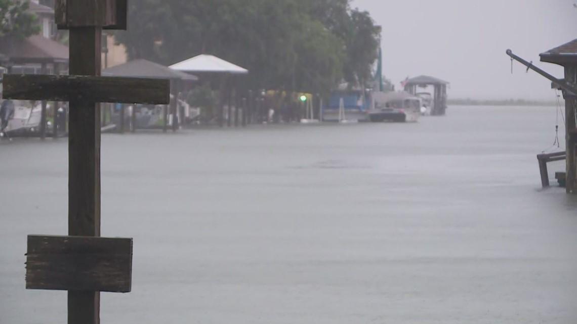 Venetian Isles prepares for flooding threat