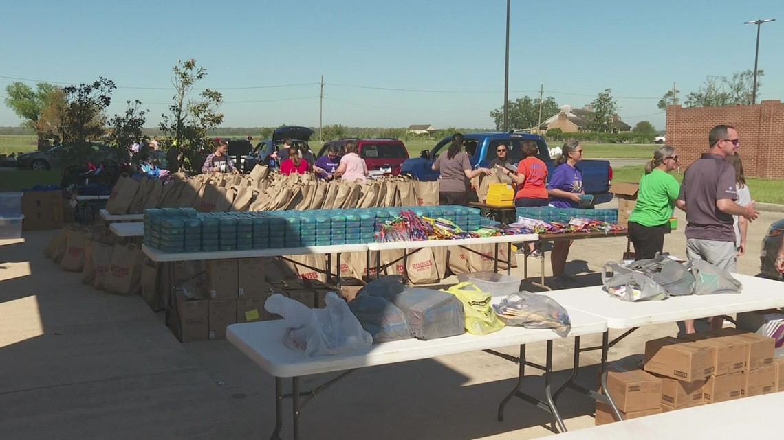 'Here to support them,' | School supply giveaway for students and teachers after Ida destroyed everything