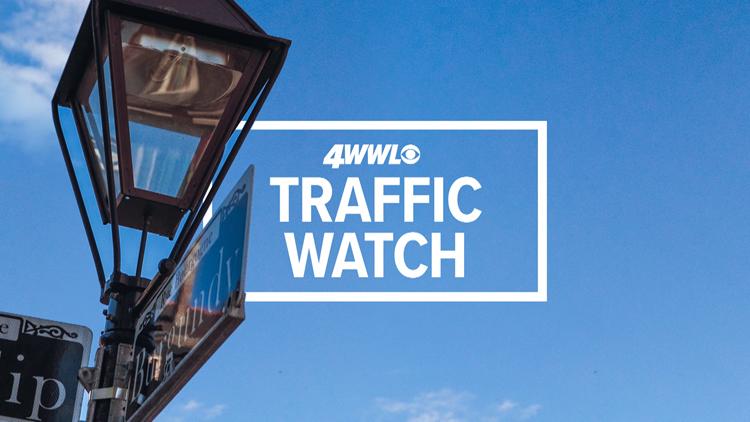 Westbound I-12 shut down near Hammond, heavy traffic delays reported