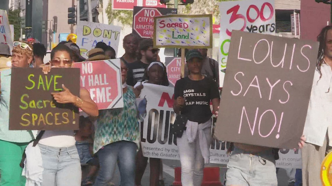 Rally to block city hall in Armstrong Park