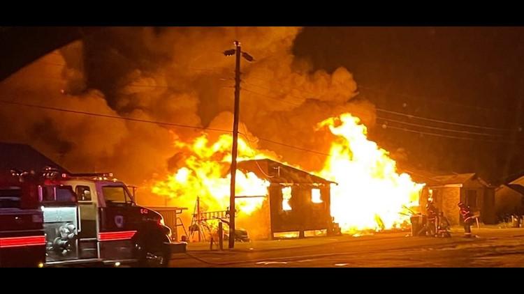Police make 'lifesaving rescue' at Lafourche Parish house fire