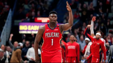 Zion stuns basketball world with 17 points in 3-minute burst in debut