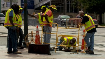 Pay four times more for the same work? New Orleans is trying with traffic light repairs
