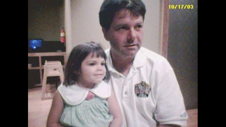 Alyssa and her father in 2003. (Photo: COURTESY OF BERT CARSON)