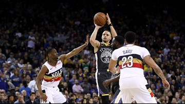 Curry bombs Pelicans with 41 in high-scoring contest