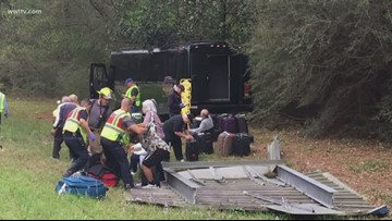 26 passengers injured after bus crashes near Louisiana-Mississippi state line