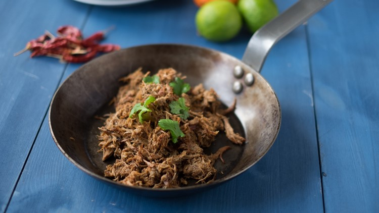 Recipe: Carnitas (Mexican Slow Cooker Pulled Pork)