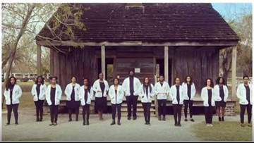 'Resiliency is in our DNA' - Tulane med students' photos go viral