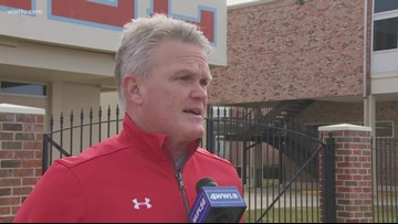 Jay Roth steps down as head football coach at Archbishop Rummel after 24 years
