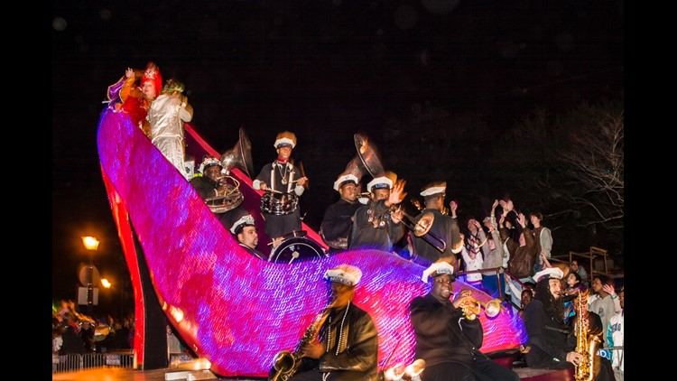 New Orleans cancels Thursday parades over high winds