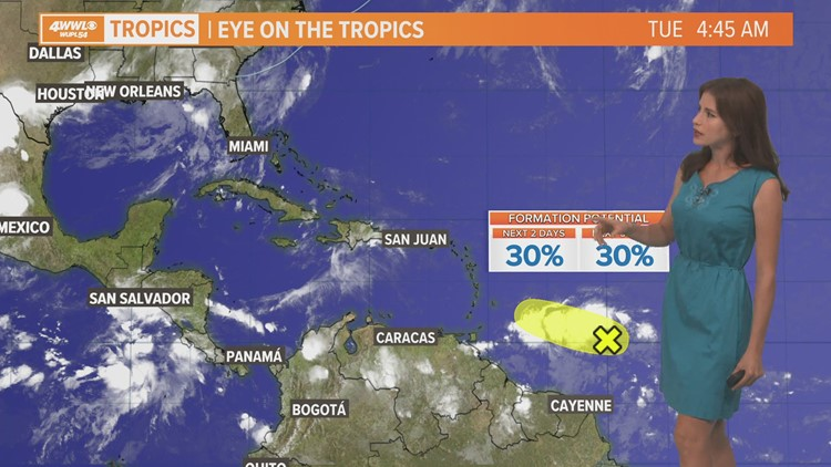 Tropical wave in the Atlantic has a low chance of development
