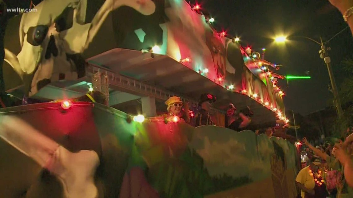 Health department recommends people wear masks in crowded areas during Krewe of Boo parade