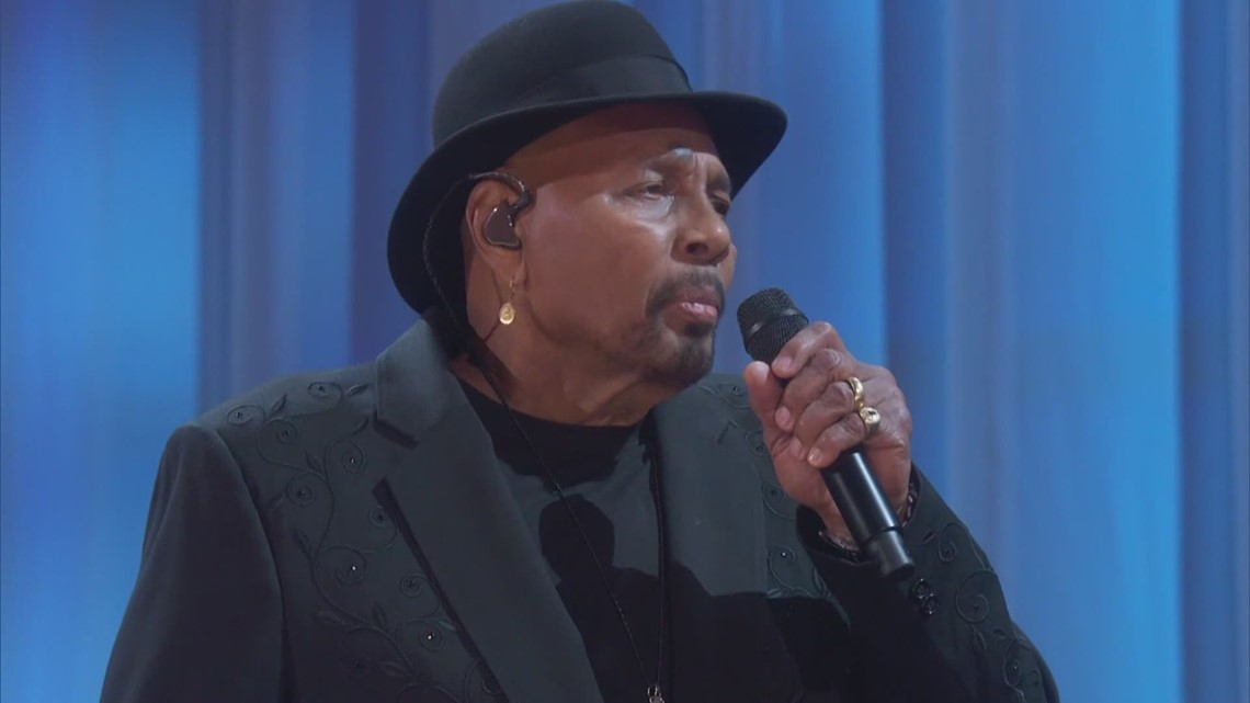 Aaron Neville retires from touring
