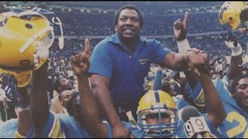 Otis 'Coach Wash' Washington, former St. Aug football coach, dies at 80