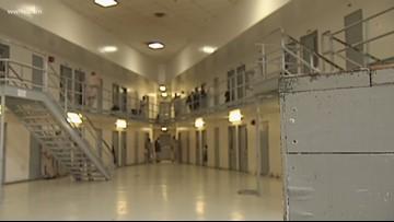 First federal inmate dies of coronavirus in Louisiana prison