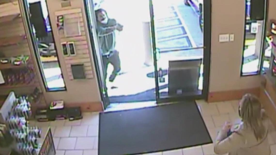 Security video shows moments before Jefferson Gun Outlet shooting