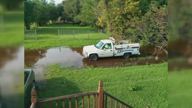 'We're kind of forgotten down here' | Flood-prone streets trap Algiers couple at home