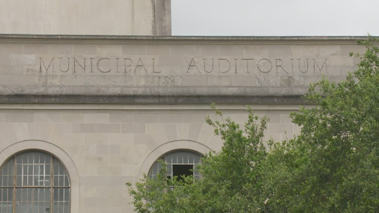 Mayor Cantrell backs away from plan to move City Hall to Municipal Auditorium